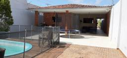 Título do anúncio: Vendo belíssima Casa nos Bancários com piscina e churrasqueira Px principal