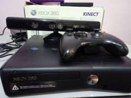 Xbox 360 com kinect usado + 2 jogos originais