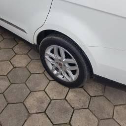 Rodas 16 pneus bons