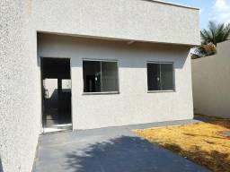 Título do anúncio: Casa para venda tem 50 metros quadrados com 2 quartos em Residencial Buena Vista III - Goi