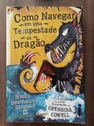 Livro - Como Navegar em uma tempestade de Dragão