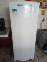 geladeira top 8 meses de uso ,500Reais