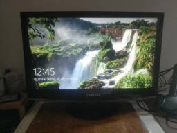 "TV monitor 20"" Samsung."