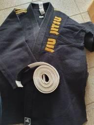 Título do anúncio: Kimono jiu-jitsu tamanho 190