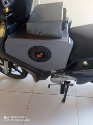 Caixinha de som pra moto