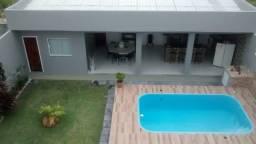 Duplex com 4 quartos, todo fino acabamento, condomínio Blue Garden