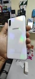 ( promoção)Samsung A50 de 64GB com garantia de fabrica nunca usado .ler descrição