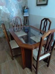 Mesa em Marica