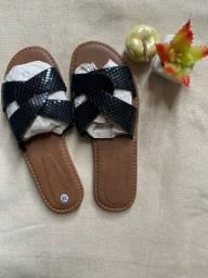Título do anúncio: Sandália em couro legítimo