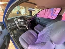 Carro- Corsa Wind-com Ar condicionado