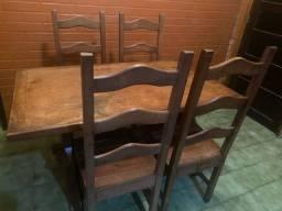 Título do anúncio: Mesa 4 cadeiras madeira maciça