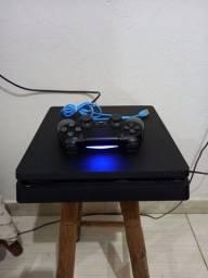Playstation 4 SEM DETALHE NENHUM