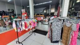 Título do anúncio: Instalação e estoque (roupas femininas masculinas e infantil)