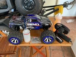 Automodelo Traxxas Revo 3.3 bluetooth