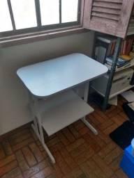 Mesinha de apoio escritório / impressoras