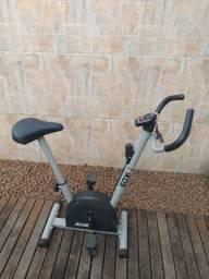 Bicicleta Ergométrica Kikos 3015<br><br><br>