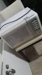 Micro-ondas 31L branco