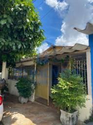 Título do anúncio: Casa para venda com 4 quartos, 180m², Vila Redenção , Goiânia-GO