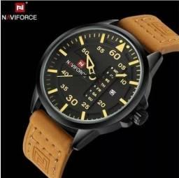 Relógios De Pulso Masculino Naviforce Quartzo Couro lacrado a pronta entrega