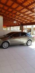 Vende se Fiat Linea Absolute 1.8 Dualogic 2011 - 2011