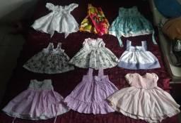 Lote com 39 peças de roupas para bebê menina