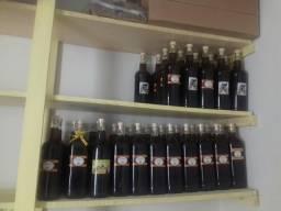 Mel negro florada aroeira 1,400g=um litro