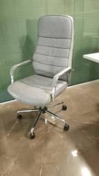 Cadeiras de Escritório - Padrão Luxo