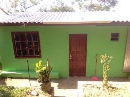 Alugo casa ampla em Viamão