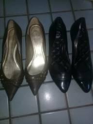 Vendo 2 pares de sapatos