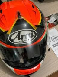 Capacete Arai modelo RX-7 GP Rabat
