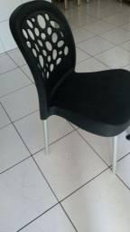 Jogo de 4 cadeiras novas