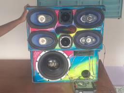 Caixa de som amplificada 600 reais