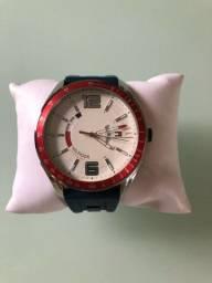 Lindíssimo Relógio Tommy