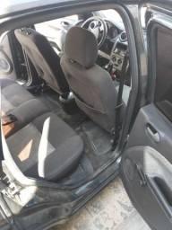 Fiesta sedan 1.6 GNV 10 Metros