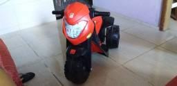 Boa tarde estou vendendo essa moto elétrica  nova o valor 600;00 até 500;00 eu vendo
