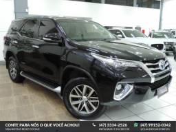 Toyota Hilux SW4 SW4 SRX 4X4 2.8 DIES. AUT.