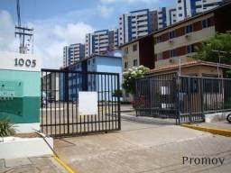 Apartamento com 3 dormitórios para alugar, 60 m² por R$ 900,00/mês - Farolândia - Aracaju/