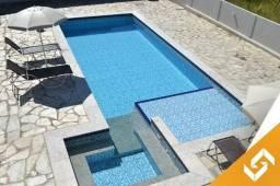 Belíssimo sobrado c/piscina aquecida c/8 quartos em Caldas Novas-Go cód1007