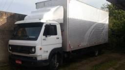 Caminhão baú para sua mudança aceitamos Pic pay
