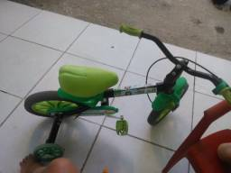 Bicicleta usada infantil