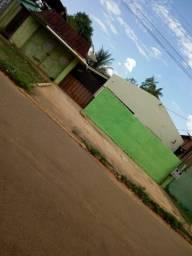 Terreno Comercial com duas casas de alvenaria ( escriturado )