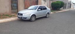 Fiat Siena  El 2010 completo