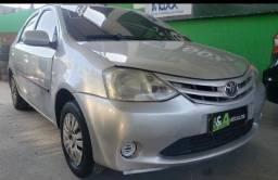 Título do anúncio: Toyota Etios 2013 1.5 x