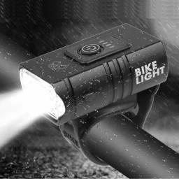 Título do anúncio: Farol USB recarregável à prova d'água para bike bicicleta 700 lumens de alta duração.