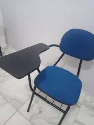 Título do anúncio: Cadeira universitária/estudante
