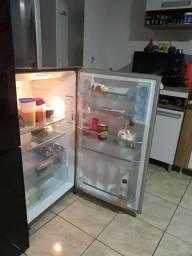 Vendo geladeira continental Frost free 455 litros