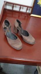 Sapato de salto grosso Arezzo marron nº 36