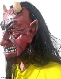 Máscara para Halloween / Cosplay - Diabo com chifre e Barba longa - Nova, sem qualqur uso