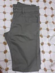 Calça jeans nunca usada masculina Tam 38