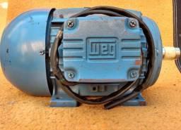"""Motor de Indução WEG 5cv - 220/380v - 1715rmp 4Polos - """"Ótimo estado"""""""